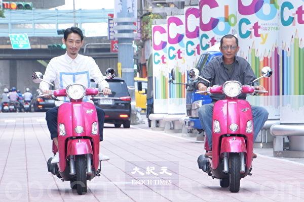 电影《大佛普拉斯》在台北举行记者会。图左起为陈竹升、庄益增。(黄宗茂/大纪元)