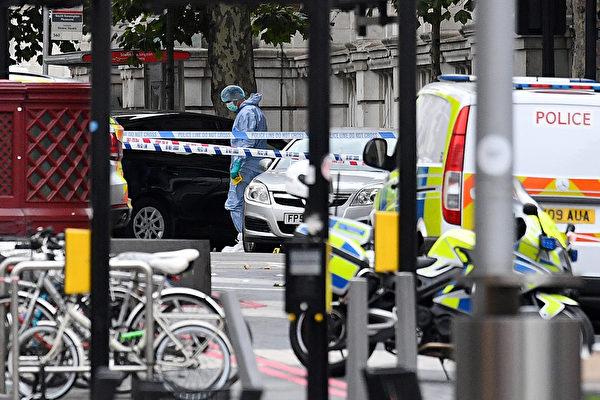 倫敦不平靜  汽車衝撞後又傳車站安全警報