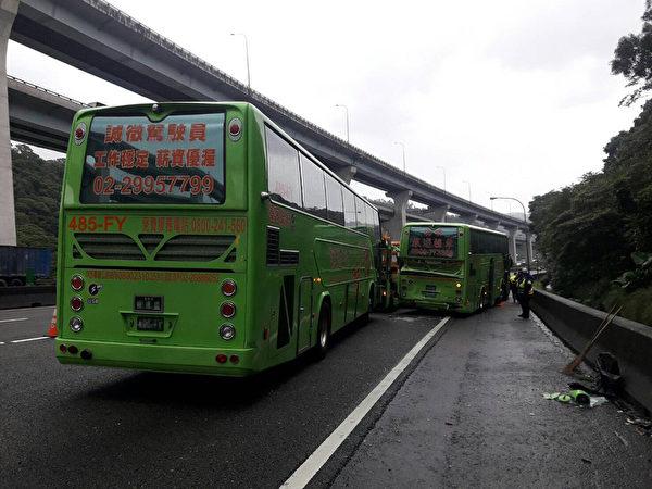 台國道遊覽車又出重大車禍 7人受傷送醫