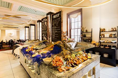 悉尼洲際酒店新鮮豐盛的海鮮(悉尼洲際酒店提供)