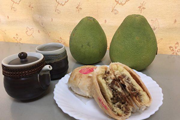 中秋佳節必備的應景食品月餅,體積雖小、熱量卻驚人,市府衛生局提供月餅健康吃5撇步。(台中市政府提供)