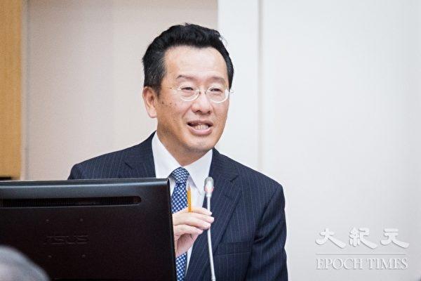金管会主委顾立雄针对金融业新南向政策提出三项示警。(陈柏州/大纪元)