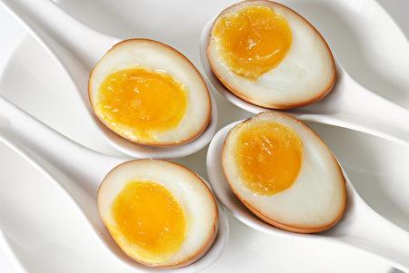 卤汁糖心蛋。(红粟上海经典小吃提供)