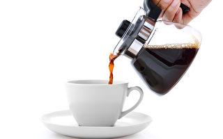 日本男子下平米紀智開發出完全以大蒜製造的咖啡。圖為一般的咖啡。(Fotolia)