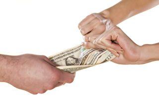 陆亿万富豪闹离婚争孩子 拟付2%家产给发妻