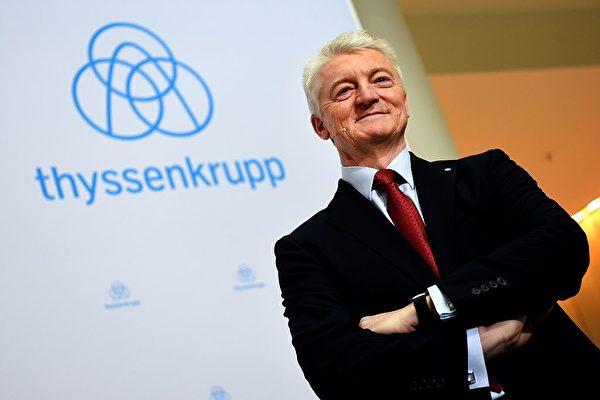 圖為蒂森克虜伯董事會主席兼首席執行官赫辛根。(PATRIK STOLLARZ/AFP/Getty Images)