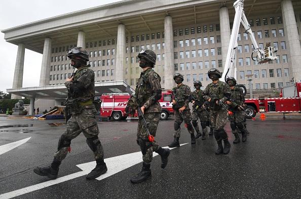 韓國從10月30日起進行為期五天的史上最大規模災難救援演習。(JUNG YEON-JE/AFP/Getty Images)