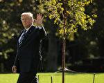 周一(10月16日),白宫发布新闻稿公布总统川普11月亚洲之行的详细行程,届时,川普将访问日本、韩国、中国、越南和菲律宾等国。(Chip Somodevilla/Getty Images)