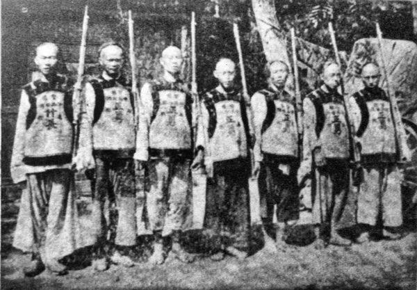 老上海的士兵。(公有領域)