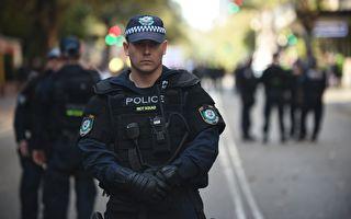 西澳政府上周二公布的这些变革,旨在防止2014年悉尼瑞士莲巧克力咖啡厅(Lindt Chocolate Cafe)围困的重演。图为澳洲警察。(PETER PARKS/AFP/Getty Images)