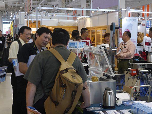 高雄食品展三展合一,並有國際賽事接力登場,預估將吸引逾2萬名國內外專業買家及參觀人潮。(方金媛/大紀元)