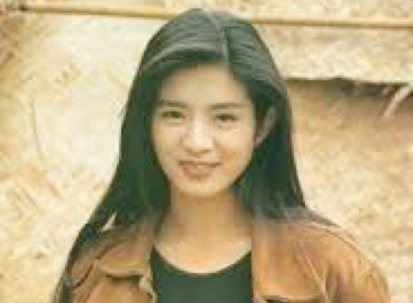 刚出道的杨采妮青春靓丽。(公有领域)