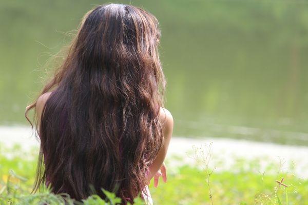 很多人有掉发的烦恼,如果怀疑自己有脱发症,有三种方法可以帮你判断自己脱发的程度。(pixabay)