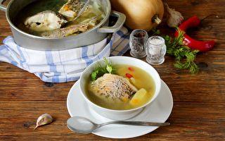 3步做「當歸鮮魚湯」 養肝又緩解眼疲勞