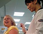 及時注射流感疫苗,保護自己和家人健康。(加通社)