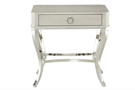 Criteria Bedside Table:床头柜。(Voyager提供)