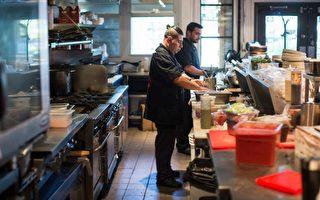 图:温哥华餐厅Edible Canada厨师短缺2人至5人已持续两年。(加通社)