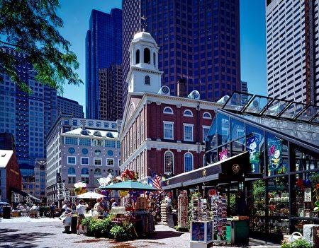 美國波士頓被選為全美15個最佳旅遊城市之一。圖為美國波士頓的一座歷史建築:法尼爾廳(Faneuil Hall),是波士頓國家歷史公園的一部分。(12019/CC/Pixabay)
