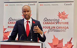 加拿大宣布3年接受近百万移民