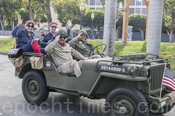 舊金山老兵節遊行 主辦方贊法輪功隊伍最優秀