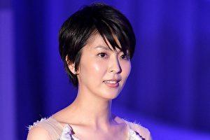 第68届的日本NHK《红白歌唱大赛》于今(16)日公开出场歌手名单 ,睽违18年再度登台的松隆子受到外界关注(档案照)。(Kiyoshi Ota/Getty Images)