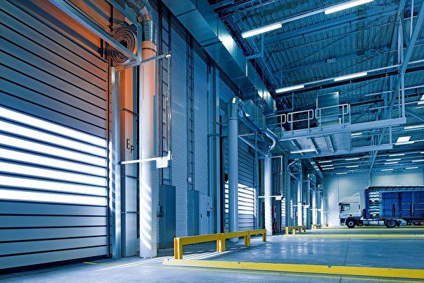 下班后,工厂空无一人。示意图。(Pixabay)