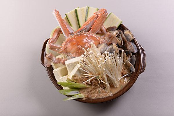 韩式火锅,汤底鲜美(Poong提供)