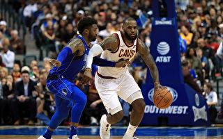 NBA:勇士豪取六连胜 挣扎骑士避连败