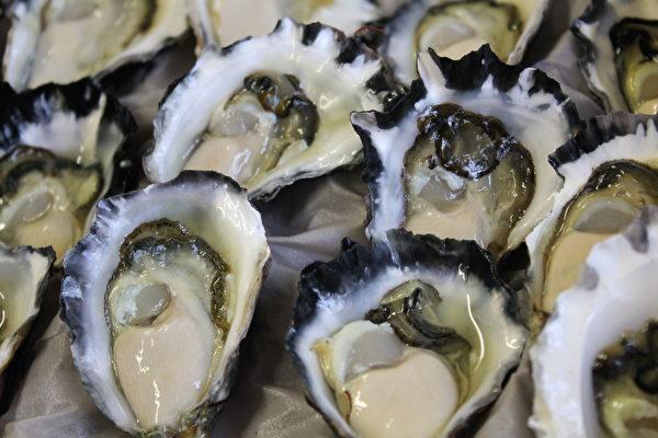 Brooklyn 河邊最新鮮的食材(Brooklyn Lifeboat Seafood 提供)