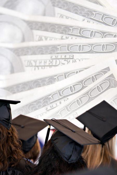 中國財政部官網公告,台灣學生若想申請獎學金,必須先「認同一個中國」。