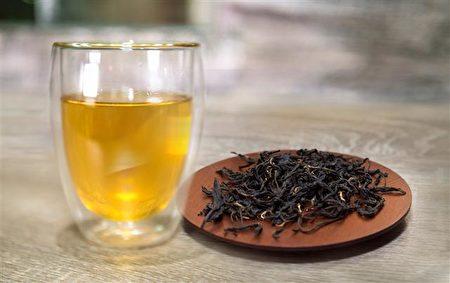 蜜香紅茶天然的蜜香,熱飲、冷泡茶、蜜香拿鐵,都很有風味。(圖:香采緣人文品茗坊提供)