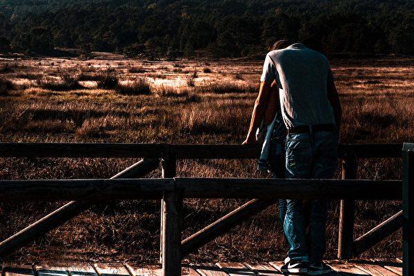 一些海外劳工为了获得在澳洲的居留权,不惜支付数万澳元给职介公司以期得到雇主提名签证,但结果却是上当受骗,在经济损失惨重、工作没有着落的情况下被迫回国。(Pixabay.com)