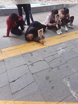 10月20日,陕西西安市长安大学一名贵州籍大四学生因感冒到长安医院输液猝死,家属讨说法无果。(家属提供)