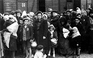 二戰時 一個小女孩被納粹活埋前說的話 刺痛了所有人的心