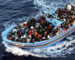 德國聯邦政府網站近日開通專門網站,澄清那些關於難民來德的不實信息。(Marco Di Lauro/Getty Images)