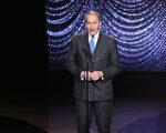 美國哥倫比亞廣播公司(CBS)新聞總裁大衛•羅德茲(David Rhodes)週二(11月21日)宣布,解僱CBS著名主持人查理•羅斯(Charlie Rose)。羅斯近日被多名女性控告性騷擾。(Neilson Barnard/Getty Images)