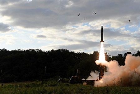 韓國情報機構表示,為了阻止美國及其盟國的進一步介入,朝鮮有可能在年底之前發射一系列彈道導彈。(South Korean Defense Ministry via Getty Images)