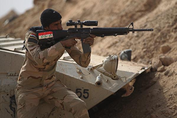 伊拉克聯合行動指揮部表示,唯一需要奪取的IS據點是幼發拉底河對岸的一個小村莊拉瓦。( AHMAD AL-RUBAYE/AFP/Getty Images)
