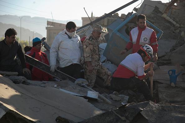 伊朗与伊拉克边境地区发生7.3级强震,已经造成至少300多人罹难、近4000人受伤。(FARZAD MENATI/AFP/Getty Images)