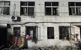 11月18日晚,北京市大兴区一间出租公寓发生大火,造成19死8伤的惨剧。(Photo by VCG/VCG via Getty Images)