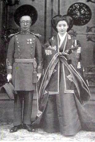 溥傑與妻子浩的結婚照。(維基百科公有領域)