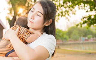 她40歲意外懷上女兒,全家人反對她生下這個孩子。(Shutterstock)