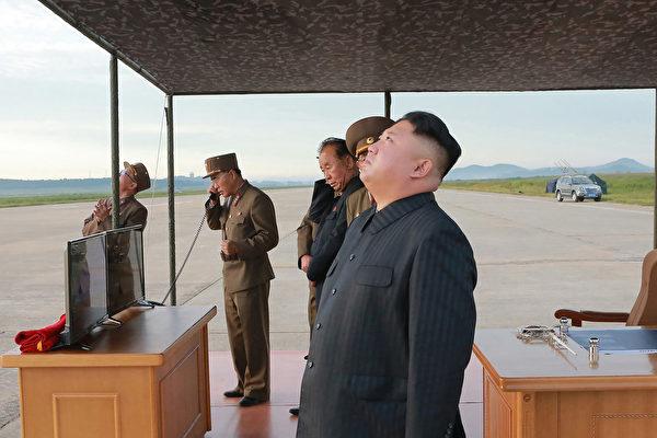 平壤金氏政權同中共江澤民集團關係密切。 (STR/AFP/Getty Images)