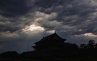 11月23日,遼寧省副省長劉強落馬,成為中共十九大後「第二虎」。 (Lintao Zhang/Getty Images)