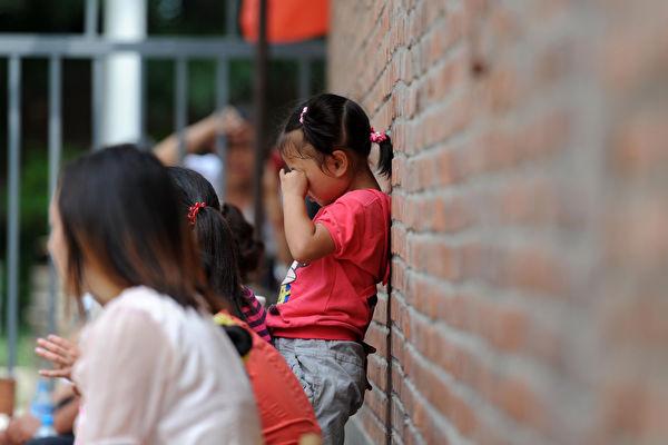 年少受霸凌引长久后遗症 3种现象家长需警惕