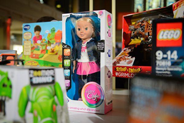 法國信息與自由委員會(Cnil)指責香港創世紀工業公司(Genesis Industries)生產的Cayla娃娃存在安全漏洞,嚴重侵犯隱私。(LEON NEAL/AFP/Getty Images)