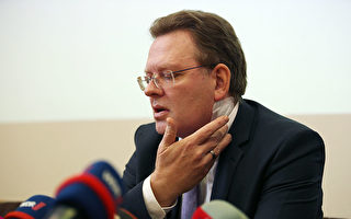 超額接納難民獲嘉獎 德國市長遭醉漢刀刺脖子