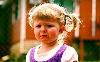 孩子发脾气使性子 家长该如何应对?