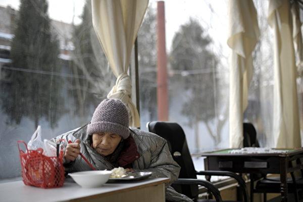 大陆老龄化加重 劳动人口恐再减3500万