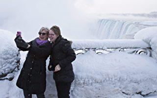 加拿大近80年一遇超低温 尼亚加拉瀑布遭冰封